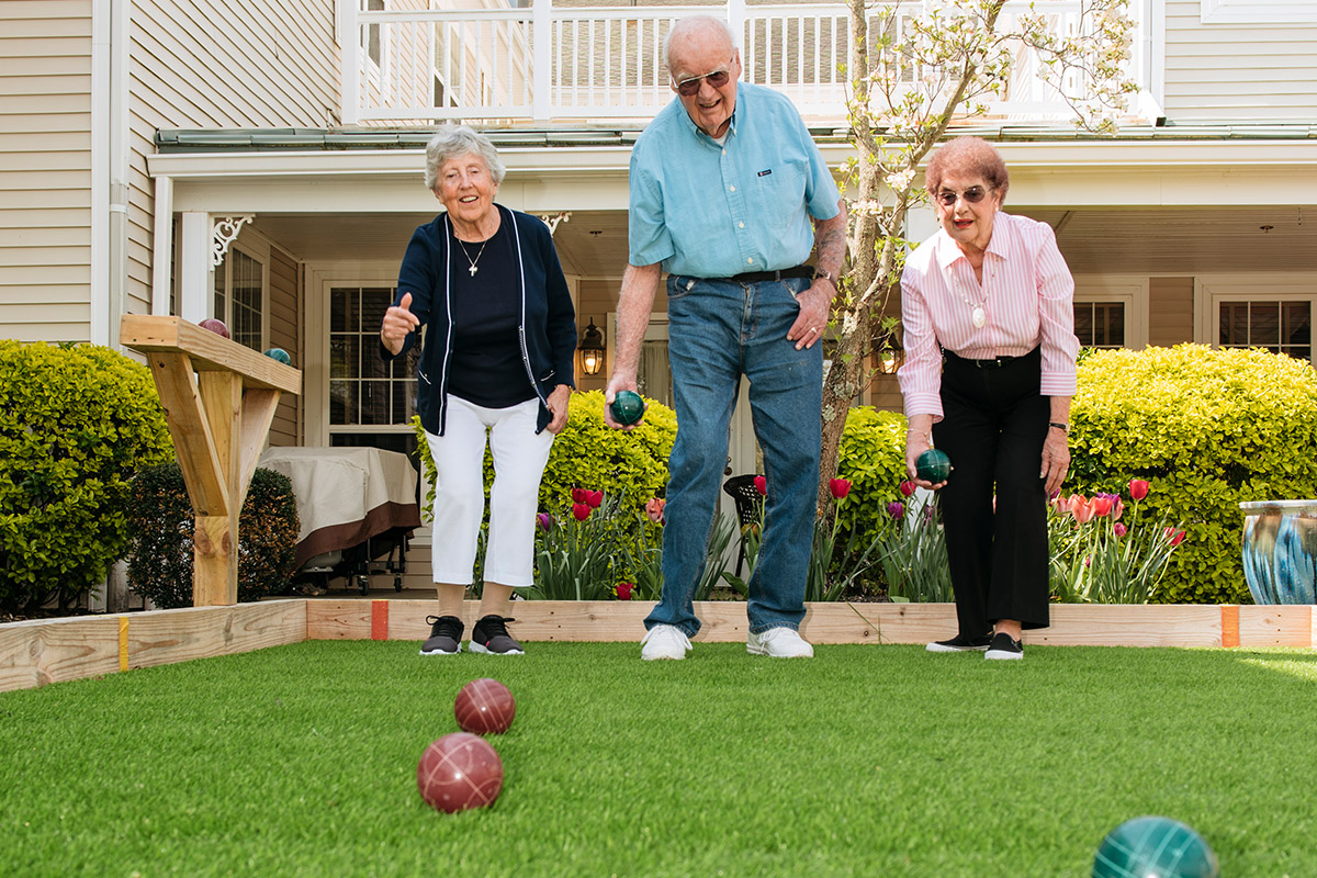 Brandywine Living at Brandall Estates Seniors Play Bocce Ball