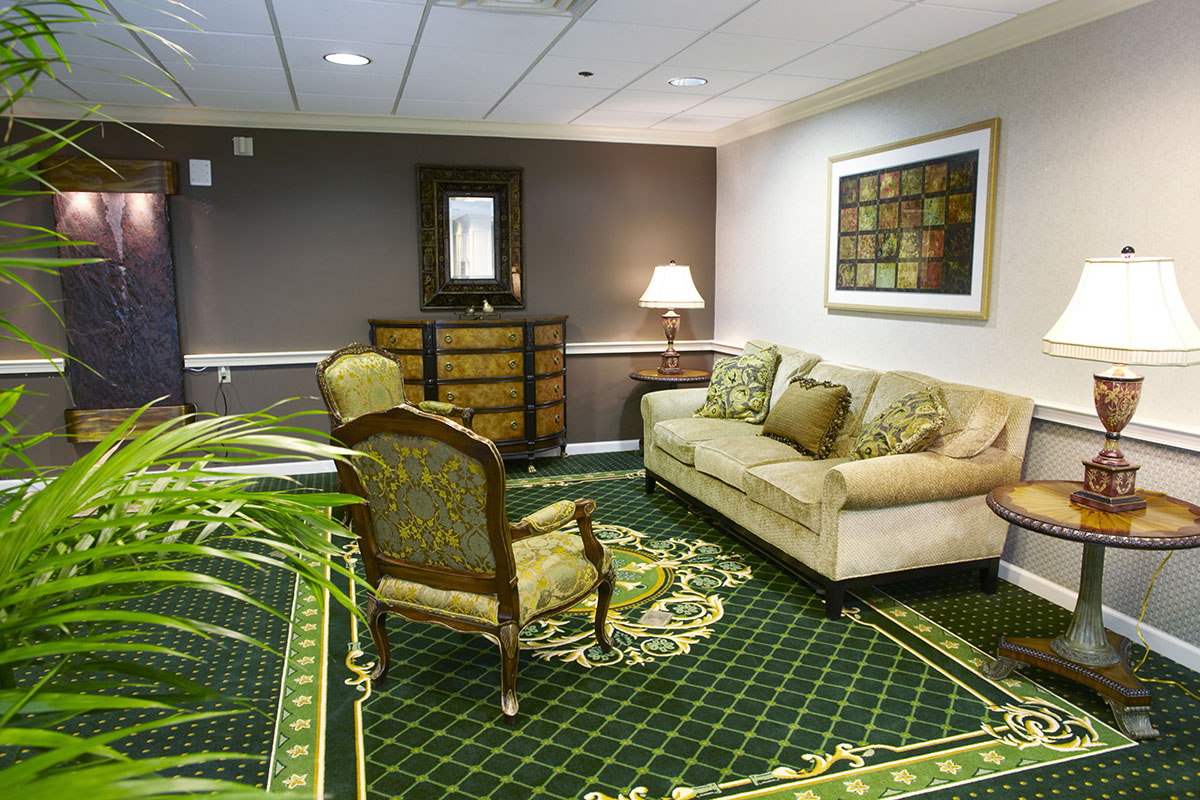 Brandywine Living at Moorestown Serenade Lounge