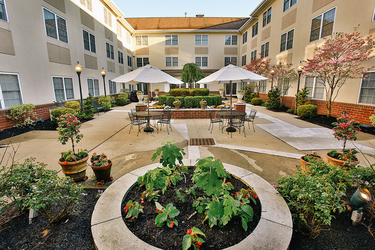 Brandywine Living at Mountain Ridge Courtyard