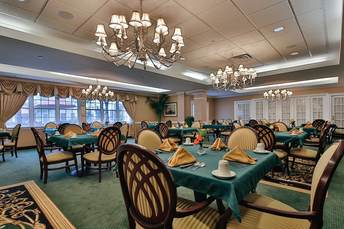 Brandywine Living at Pennington Dining Room