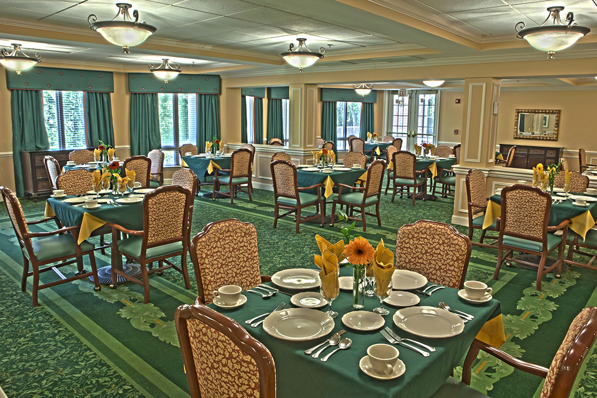 Brandywine Living at The Sycamore Dining Room