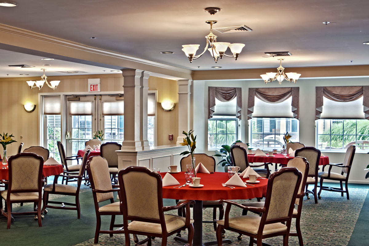 Brandywine Living at Middlebrook Crossing Dining Room