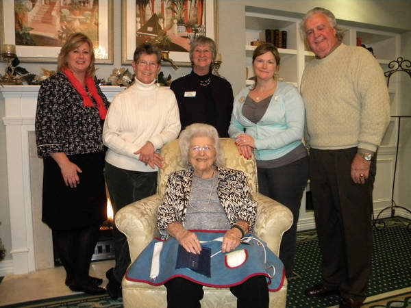 busy aprons, busy aprons alzheimer's, dementia, brandywine senior living
