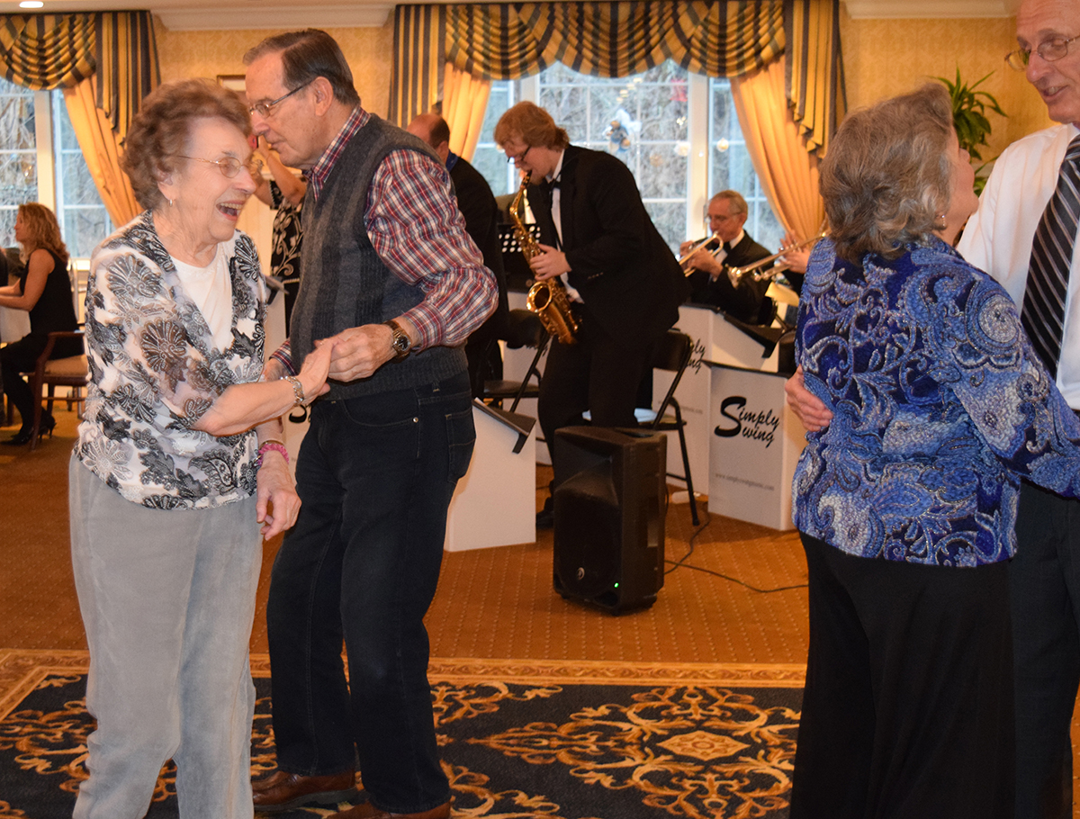 Snowball Event, Residents dancing, brandywine senior living at litchfield