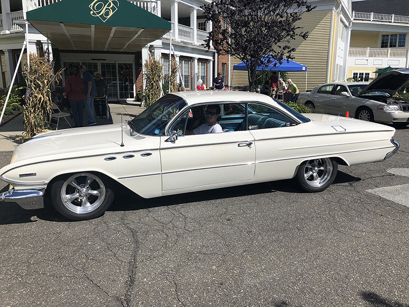 Classic Car Show Raises Funds for Local Veterans in Need