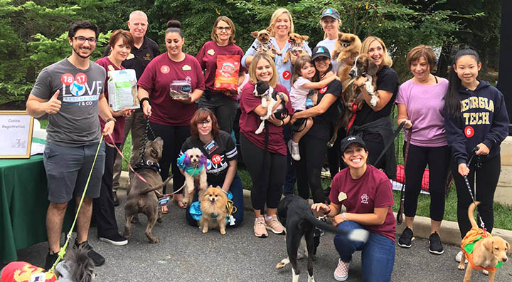 Brandywine Living at Mahwah and Real Dog Rescue Group Photo