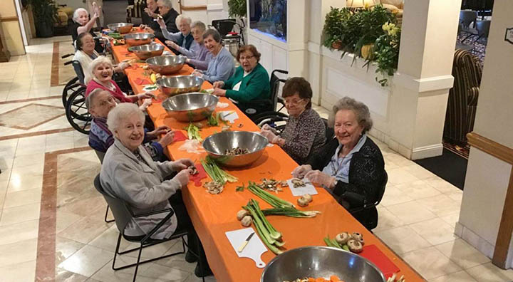Brandywine Living at Mountain Ridge Seniors Help Prepare Vegetables for Local Soup Kitchen